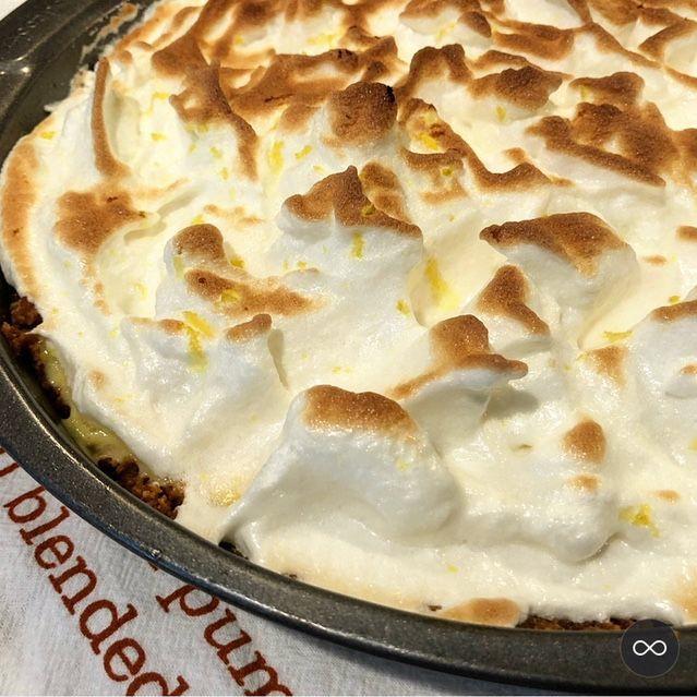Tutu's Pantry - Lilikoi Meringue Pie - 3