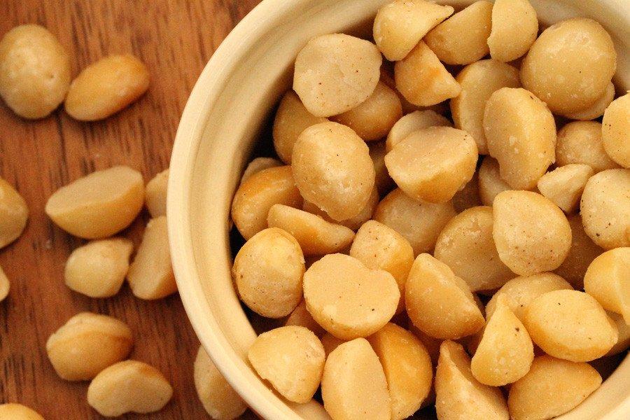 Tutu's Pantry - Maui Onion & Garlic Ahualoa Farms Macadamia Nuts - 1